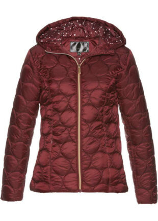 Női steppelt kabát rövid hosszúságban, lenyűgöző kivitelben