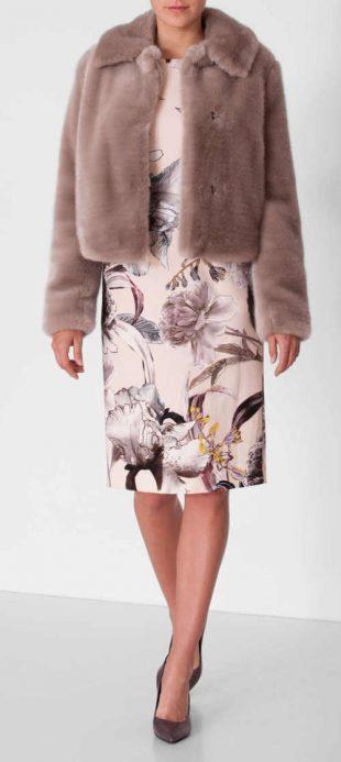 Női rövid műszőrme kabát világos bézs színben